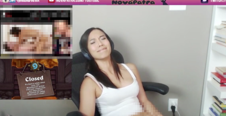 forgets to leave her twitch stream on and faps